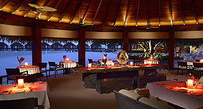 Restaurant Sea Grill, Dusit Thani Maldives