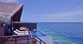 Ocean Pool Water Villa auf Grand Park Kodhipparu, Malediven