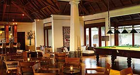 Red Ginger Bar & Pool Lounge, Shanti Maurice Resort & Spa