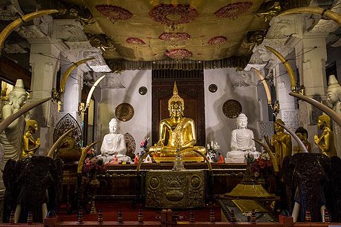 Tempelanlage auf der Rundreise Sri Lanka zu besichtigen