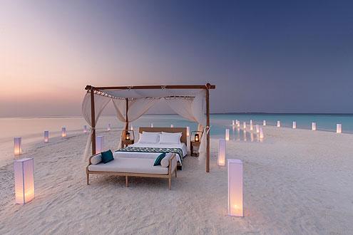 Insel Milaidhoo mit dem aussergewöhnlichen Angebot, schlafen unter dem Sternenhimmel