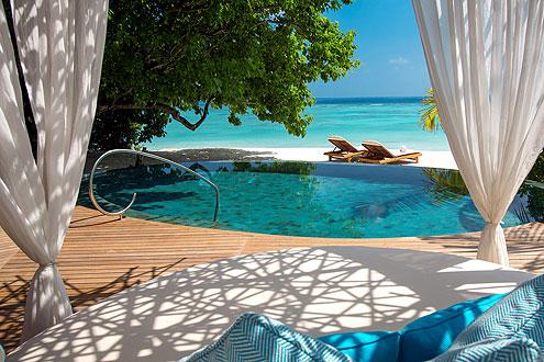 fantastische Beach Villa mit Pool auf der Insel Milaidhoo im Baa Atoll