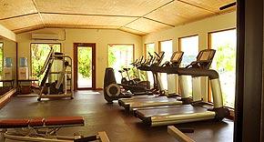 Fitnessraum auf der Insel Komandoo