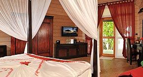 Jacuzzi Beach Villa auf der Insel Komandoo