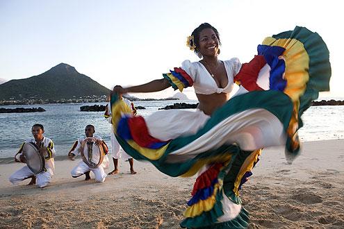 Sega ist ein Tanzmusik-Stil, der auf den Inseln Mauritius und Réunion sowie auf den Seychellen verbreitet ist