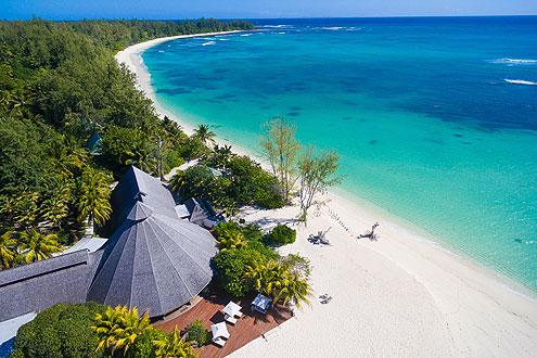 Restaurant direkt am Strand auf der Insel Denis Private Island Seychellen