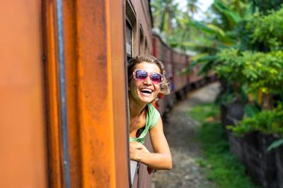 Zugfahrt von Kandy nach Ella ist in einer Rundreise inbegriffen, 1. Klasse resevieren