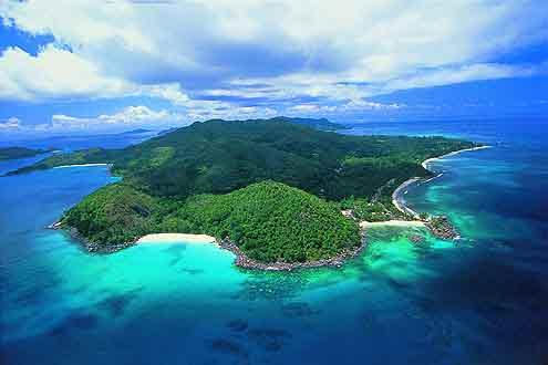 Ansicht der Insel Praslin auf den Seychellen