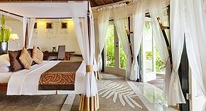Beachfront Pool Villa im Banyan Tree Vabbinfaru, Malediven