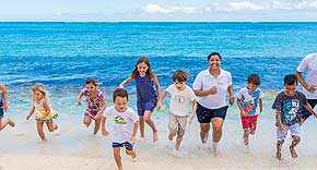 Kidsclub vom Dinarobin Beachcomber Golf Resort & Spa Mauritius