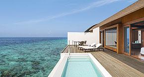 Wasser Villa mit Pool vom Westin Maldives Miriandhoo