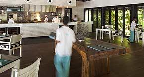 Restaurant Blue Salt auf der Insel Outrigger Konotta Maldives