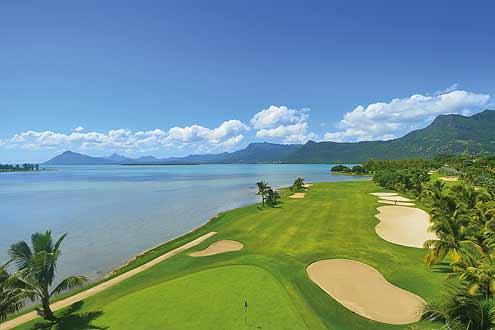 entlang der Küste fantastischer Golfplatz