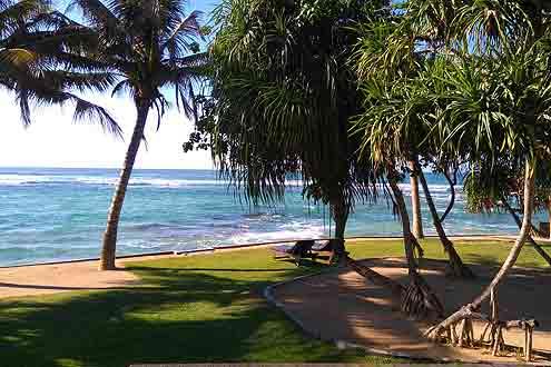 Strand bei der Stadt Gallle auf Sri Lanka