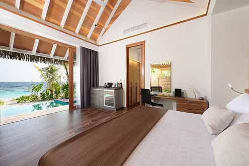 Pool Villa auf der Insel Kandolhu Malediven