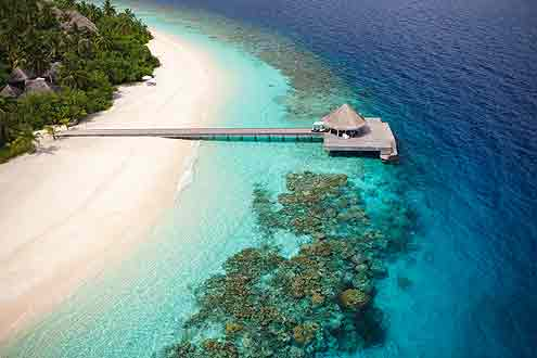 Insel Outrigger Konotta auf den Malediven