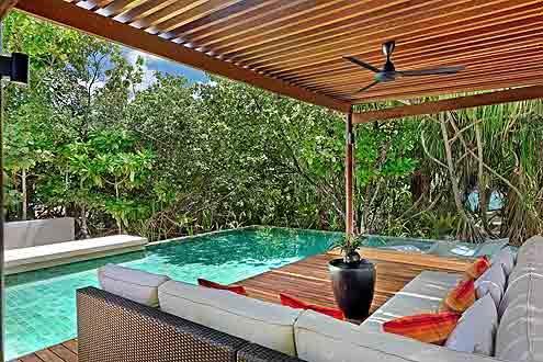 Deluxe Pool Villa auf der Insel Park Hyatt Maldives Hadahaa